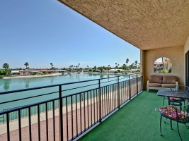 10330 W Thunderbird Blvd, Sun City, Arizona 85351, ,1.75 BathroomsBathrooms,Lakefront Condos,For Sale,W Thunderbird Blvd,1090
