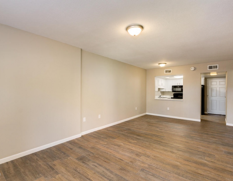 10330 W Thunderbird Blvd apt A107, Sun City, Arizona 85351, ,1 BathroomBathrooms,1 Bedroom Condos,For Sale,W Thunderbird Blvd apt A107,1126
