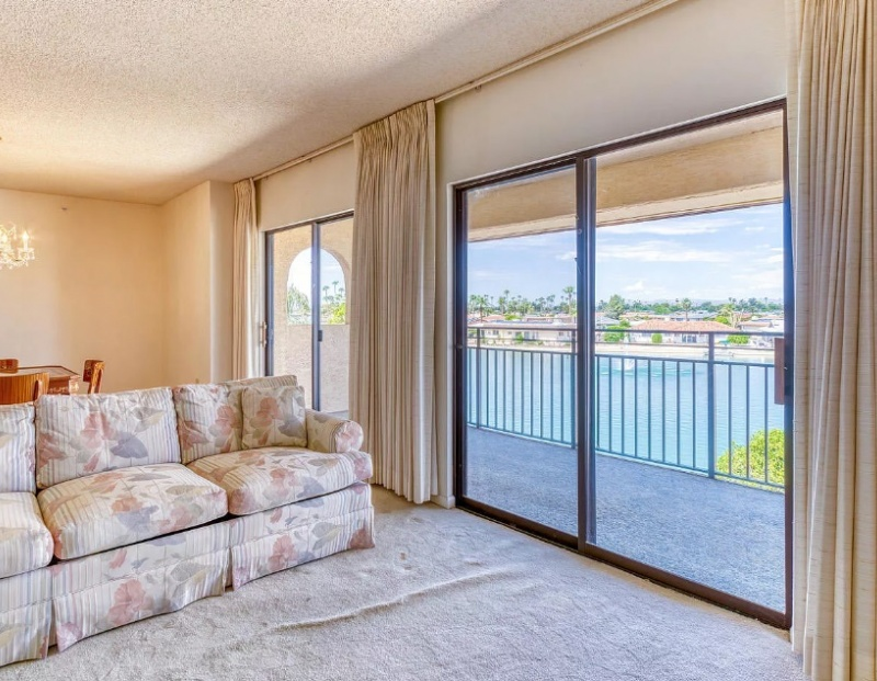 10330 W Thunderbird Apt C317, Boulevard Sun City, Arizona 85351, ,2 BathroomsBathrooms,2 Bedroom Condos,For Sale,W Thunderbird Apt C317,1003