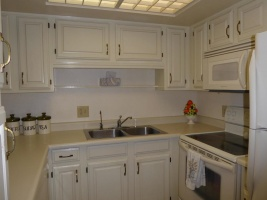 10330 W Thunderbird Blvd,Sun City,Arizona 85351,2 BathroomsBathrooms,2 Bedroom Condos,W Thunderbird Blvd,3,1069
