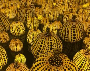 yayoi_kusama_jamie_green_victoria_miro_pumpkinsss