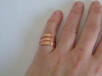 chunky spiral ring being worn