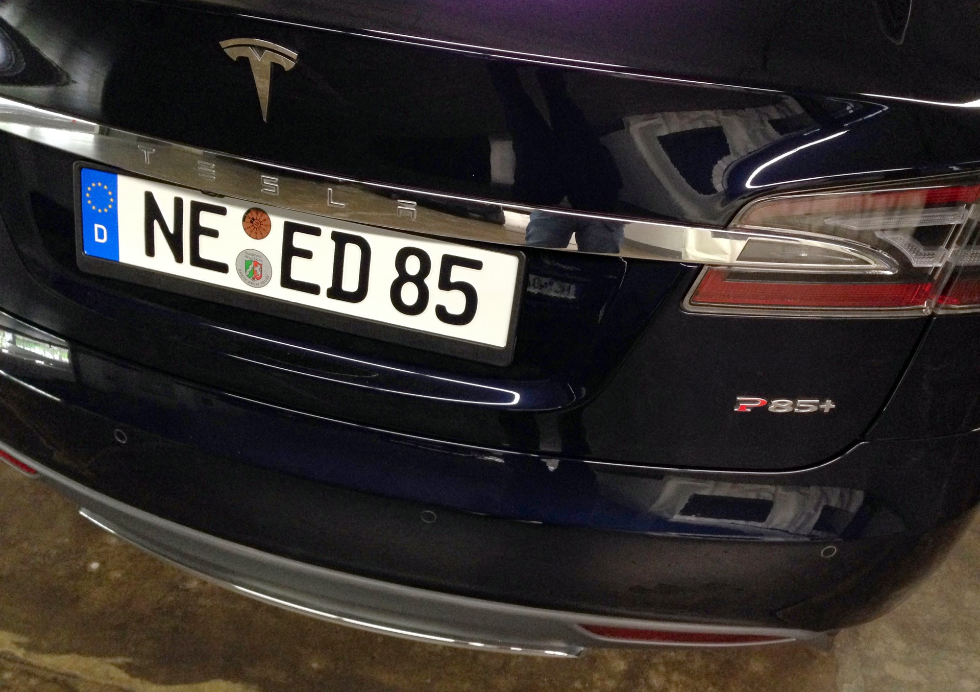 Best Uber Cars >> Best Tesla License Plates [Gallery] - Electrek