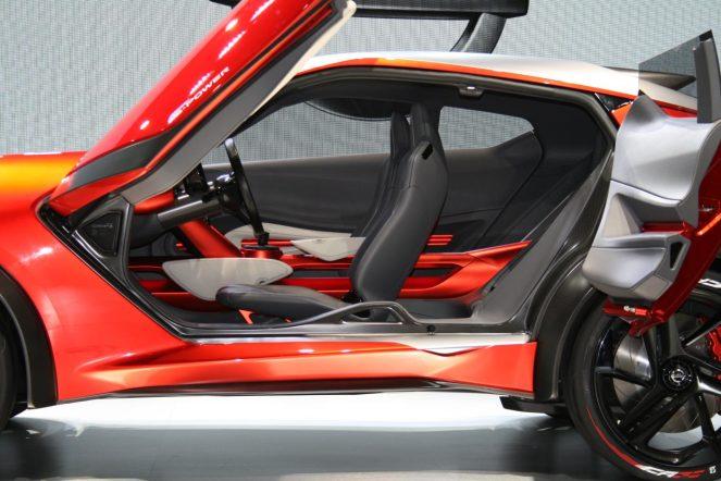 377022_Nissan Gripz interior-1