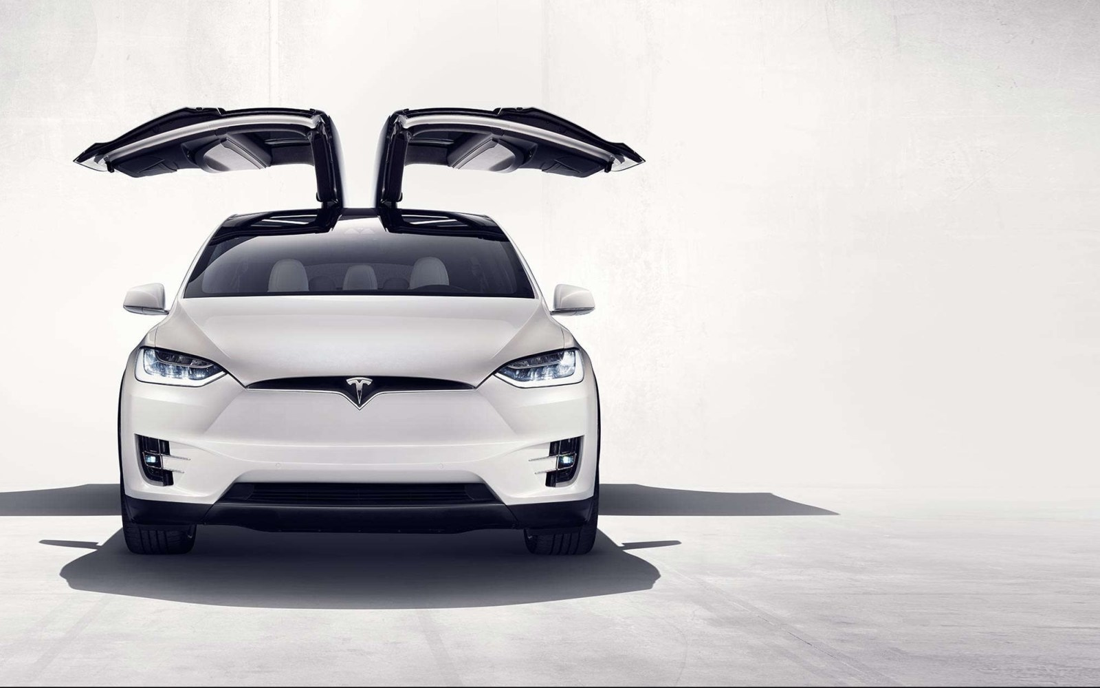 Tesla Model X is the first electric car eligible to the $25,000 'Hummer Tax Loophole'