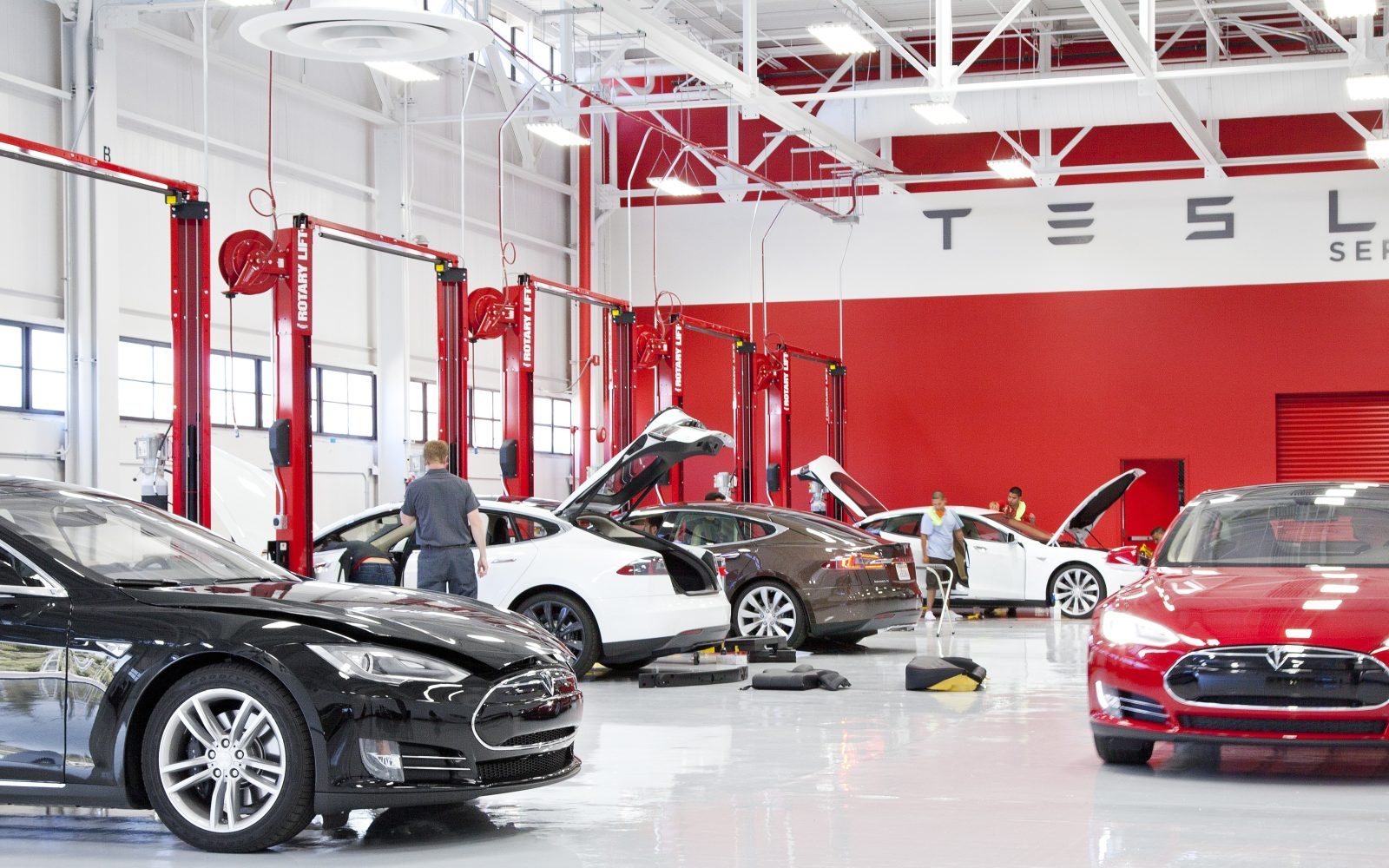 Former Tesla employees spin-off an independent 'Tesla