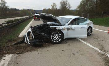 crash Model S 1