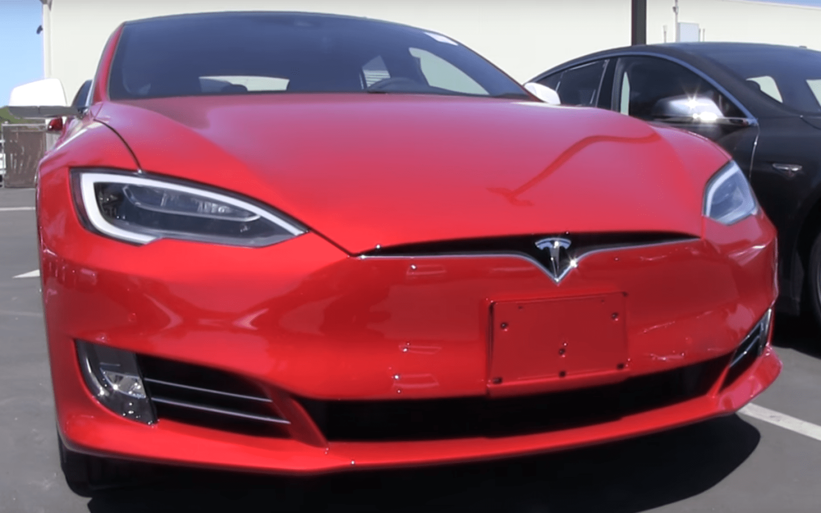 A close look at the updated Tesla Model S with new front