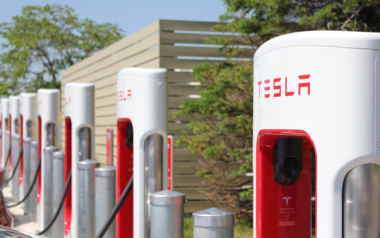 Tesla Quietly Upgraded Its Superchargers For Faster Charging Now Chager Baterai Bm 038 Capable Of 145 Kw