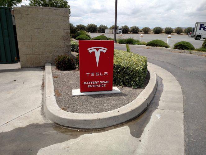 Tesla battery swap dirtyfries 1