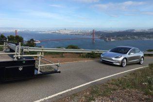 behind the scene Model 3 headlands photoshoot