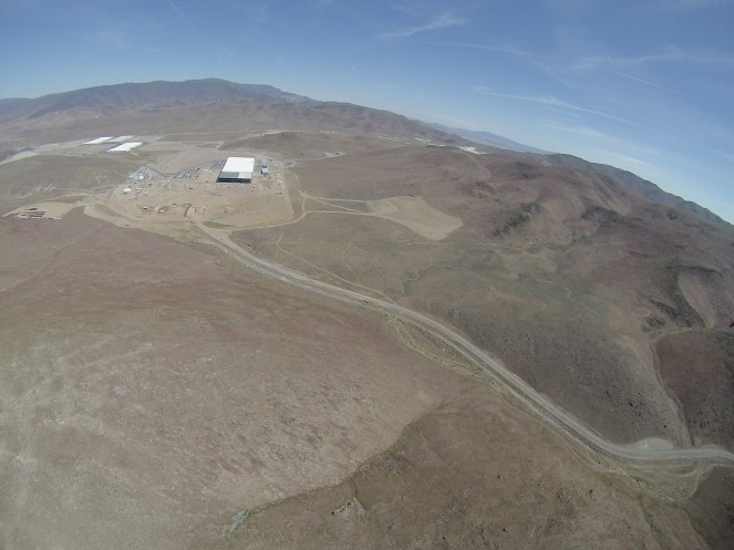 Tesla Gigafactory 1 coming from the south