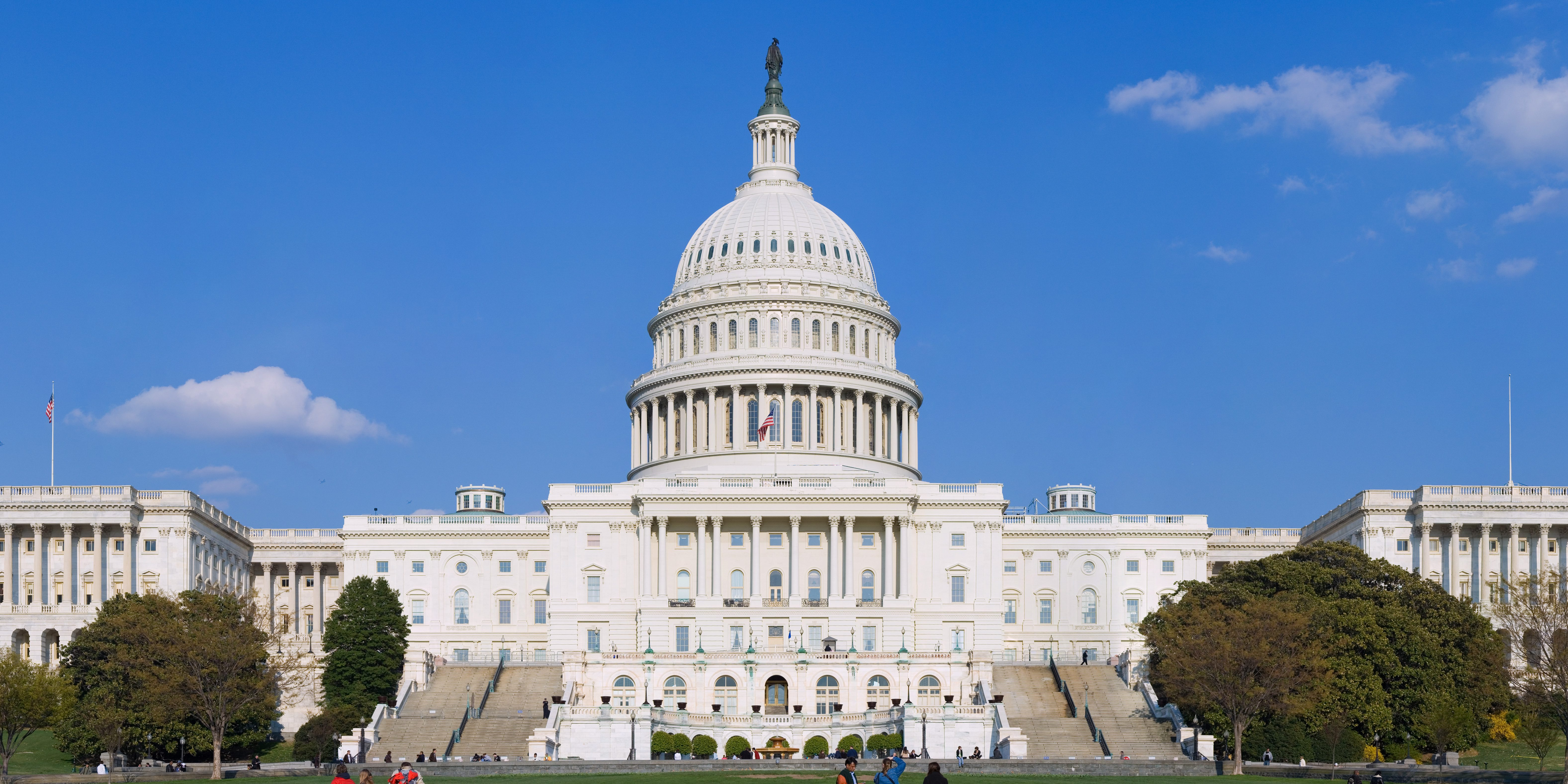 A New Bipartisan Effort To Introduce A 30 Tax Credit