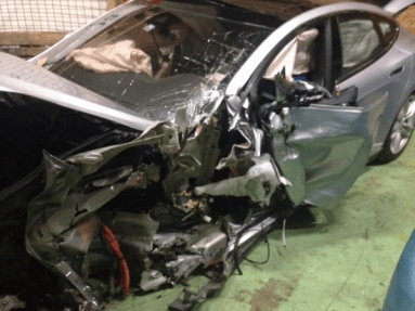 Model S BMW crash switzerland 2