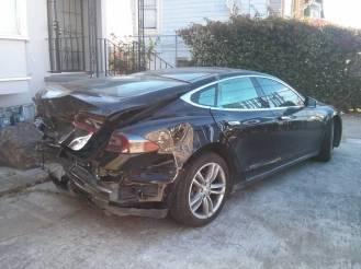 model S damaged 3