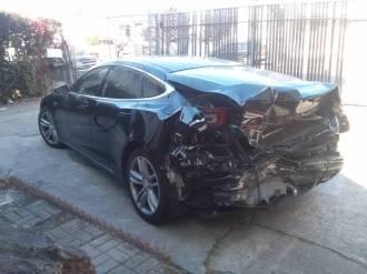 model S damaged 4