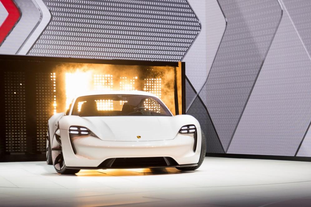 Porsche Mission E 9