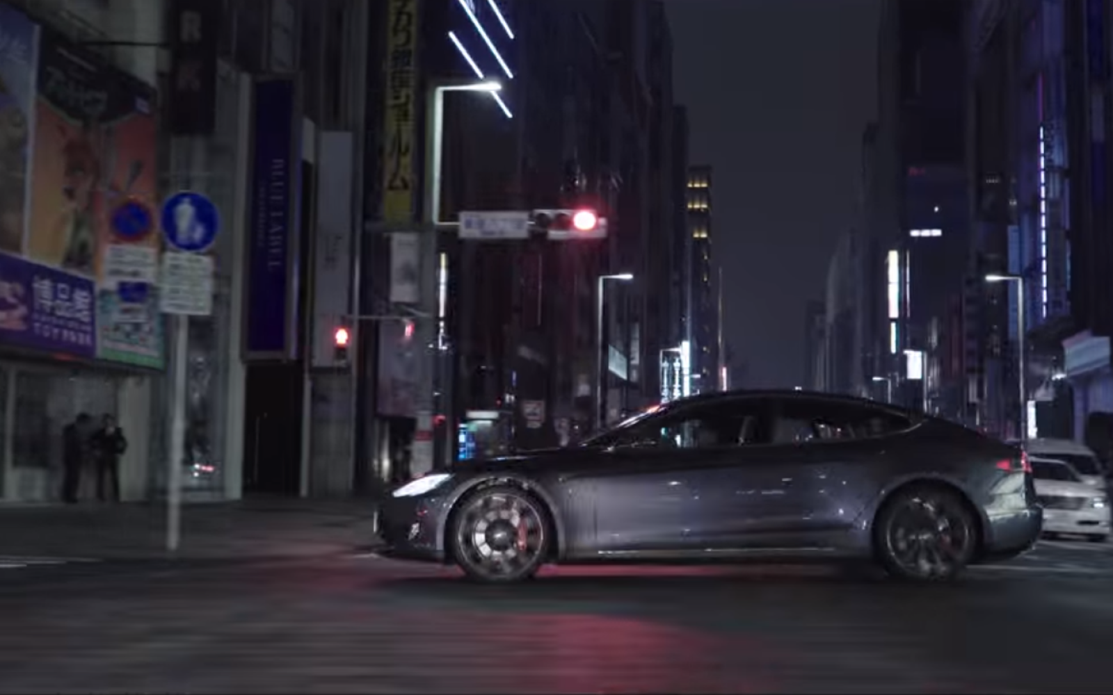 Tesla Introduces Model X In Japan Features Japanese Tesla Owners In