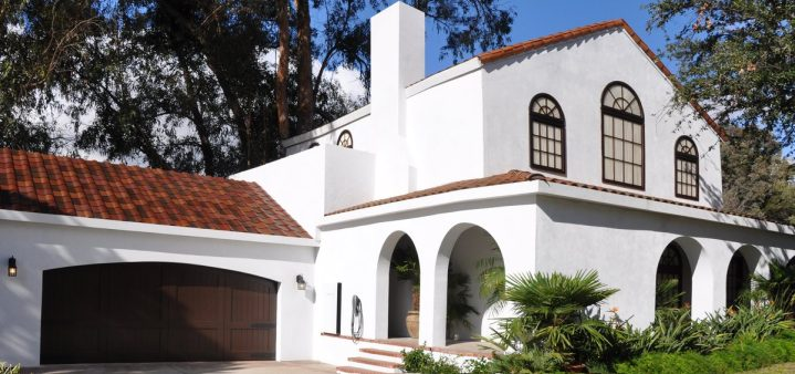 tuscan-glass-tile-roof
