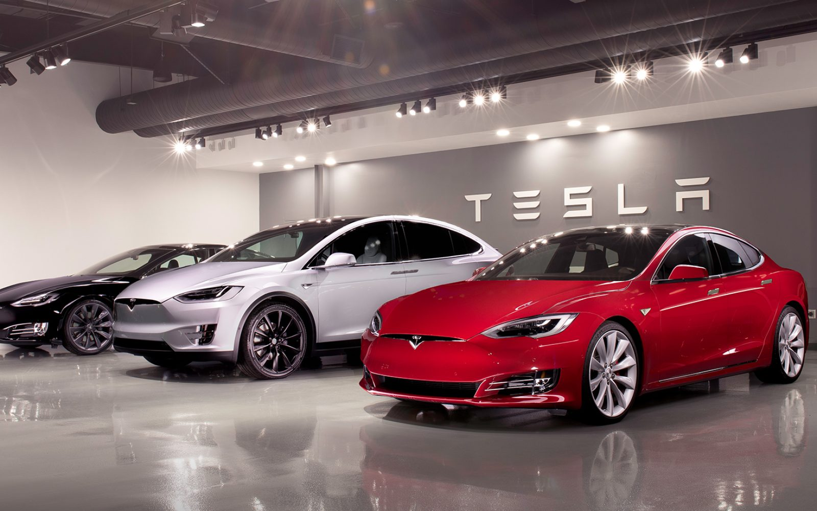 Tesla\'s used vehicles are selling faster and closer to list price ...