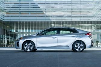 2017 Hyundai Ioniq EV (27)