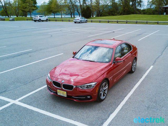 150 Electrek BMW 330e Hybrid 3 series sports sedan review