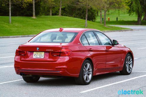 210 Electrek BMW 330e Hybrid 3 series sports sedan review