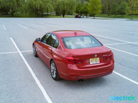 240 Electrek BMW 330e Hybrid 3 series sports sedan review