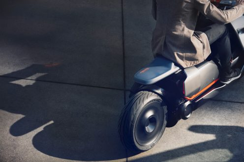 P90260583_highRes_bmw-motorrad-concept