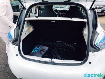 11 Renault Zoe White Trunk opening Electric Vehicle Battery Powered Green Electrek Best Selling EV Europe - 106