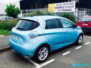 21 Renault Zoe Blue Turquoise Electric Vehicle 5 door hatch back Battery Powered Green Electrek Best Selling EV Europe - 117