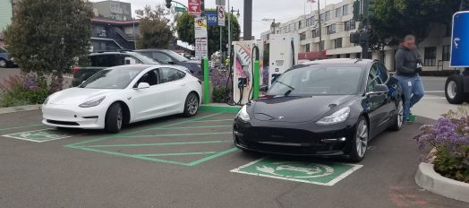 tesla-model-3-black-white-1 (1)