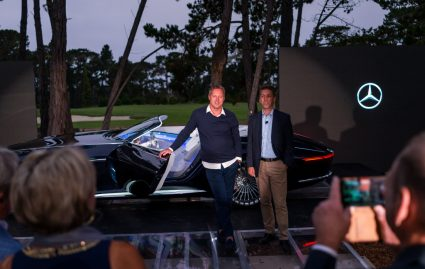 Impressionen der Weltpremiere des Vision Mercedes-Maybach 6 Cabriolet während der Enthüllung in Pebble Beach, Kalifornien, 18. August 2017. Von Links nach rechts: Chief Design Officer Gorden Wagener und Dietmar Exler, Head of MBUSA. Impressions of the Vision Mercedes-Maybach 6 Cabriolet during the reveal in Pebble Beach, California, August 18, 2017. From the left: Chief Design Officer Gorden Wagener and Dietmar Exler, Head of MBUSA.