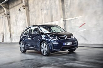 P90273499_highRes_the-new-bmw-i3-08-20