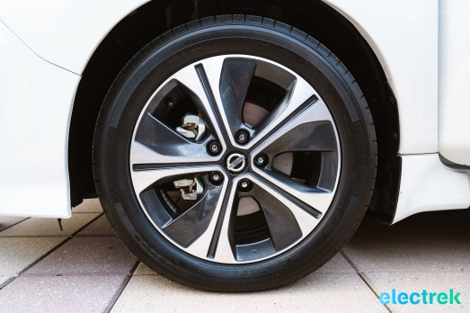 102 wheel design rim tire New Nissan Leaf 2018 National Drive Electric Week Bridgewater NJ-59