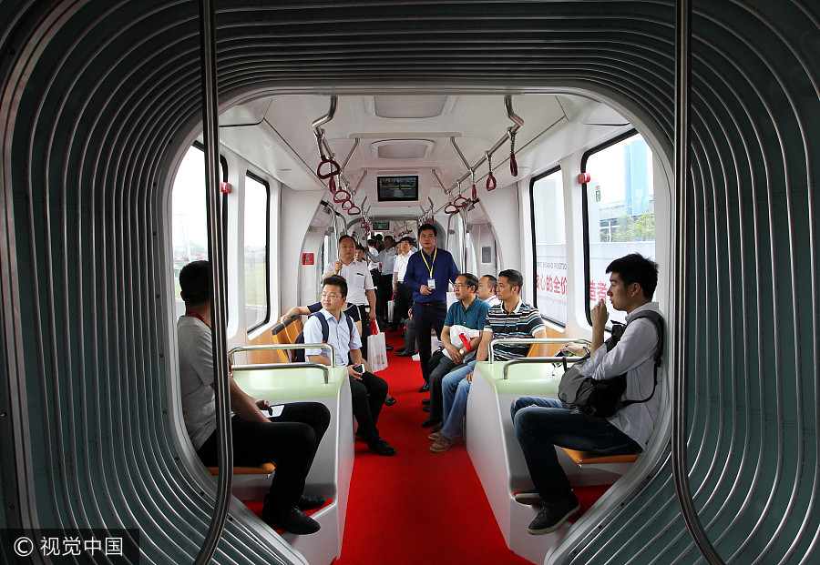china trackless train 4