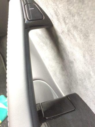 Tesla model 3 handles