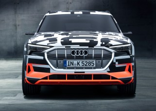 The Audi e-tron prototype offers a preview of the first purely electrically powered model from the brand. The production version of the SUV launches on the European market at the end of 2018.