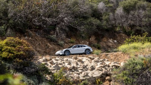 high_mission_e_cross_turismo_california_2018_porsche_ag (4)