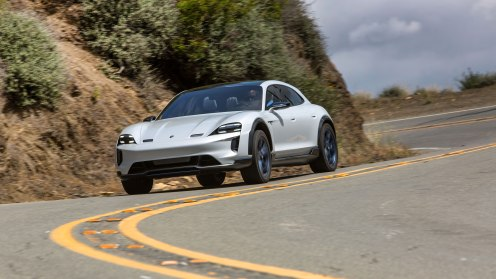 high_mission_e_cross_turismo_california_2018_porsche_ag (9)