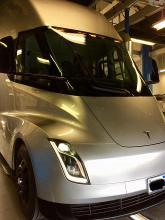 Tesla semi prototype inspection 1