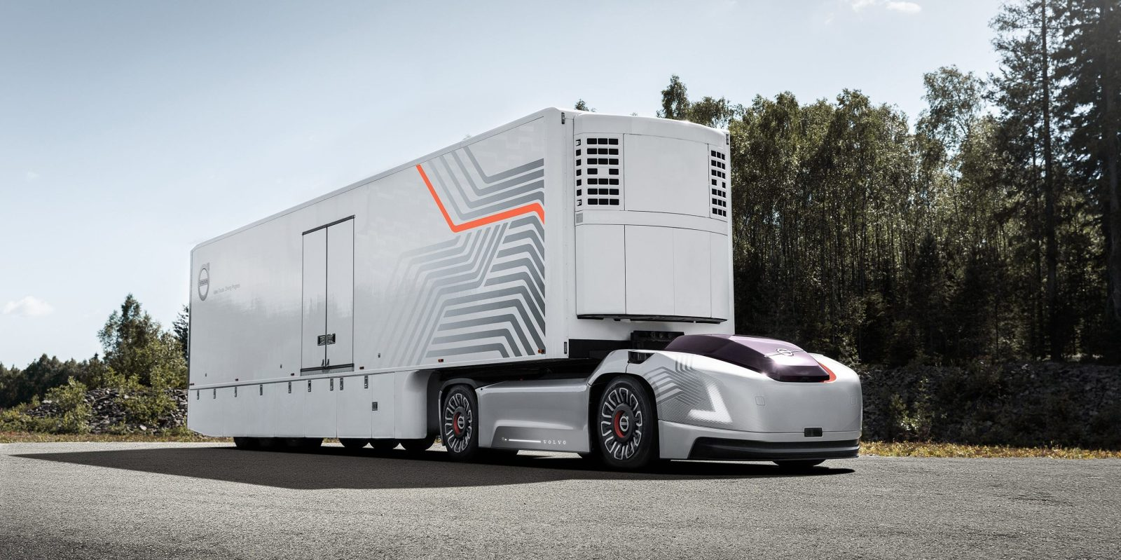 volvo unveils all electric and autonomous truck without a cab [ 1600 x 799 Pixel ]