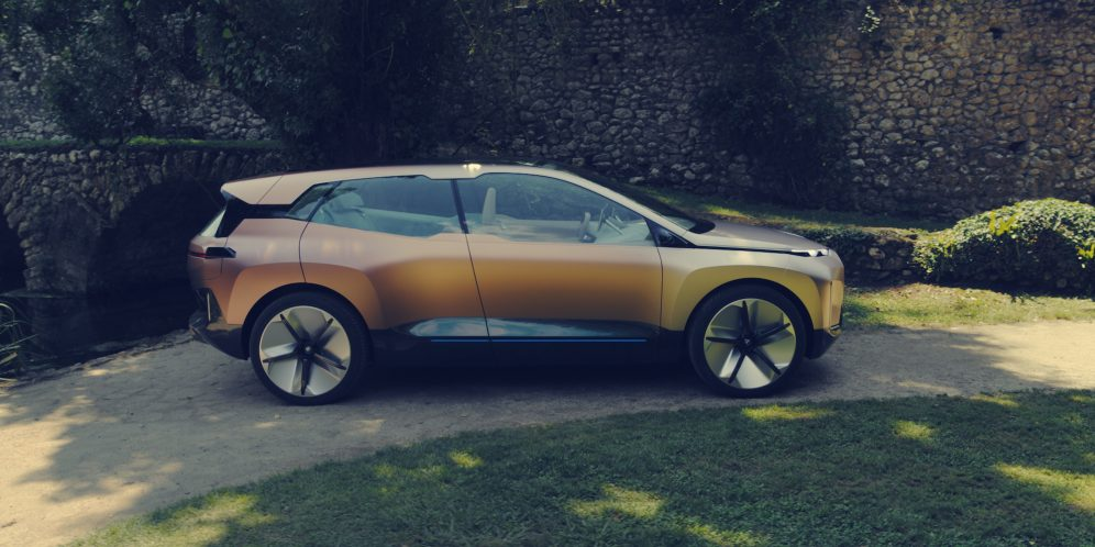 BMW-iNext-Gold