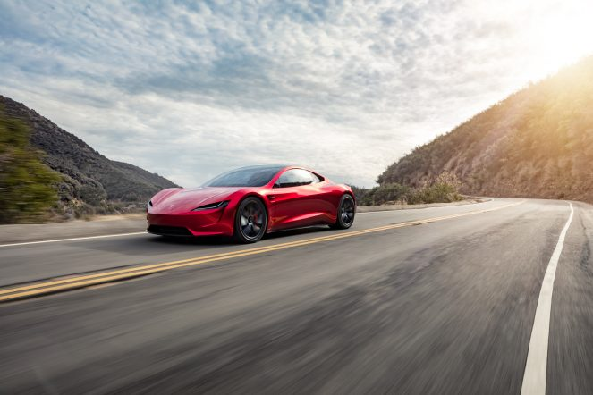 Roadster_Front_3_4_Mountain