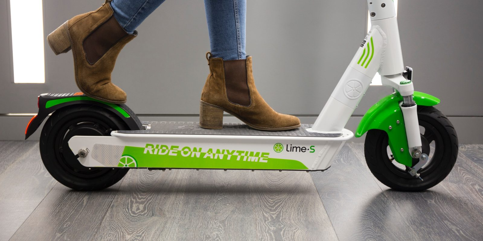 lime unveils new electric scooter fuels the e scooter arms race [ 1600 x 800 Pixel ]