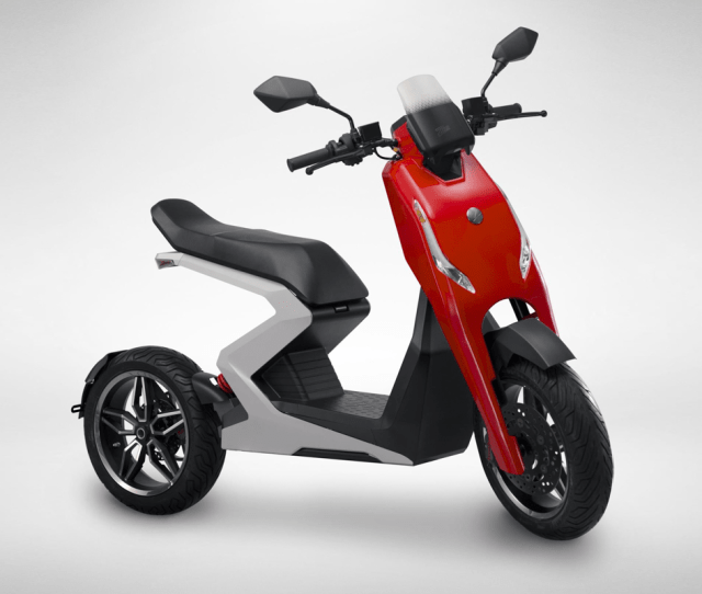 New Uk Electric Scooter Company Unveils Their 60 Mph Zapp I300