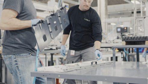 Tesla gigafactory 2 - 5
