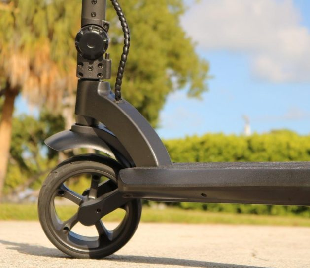 widewheel_electric_scooter_for_adults_front_suspension_961x.progressive