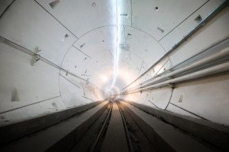 Boring tunnel_white