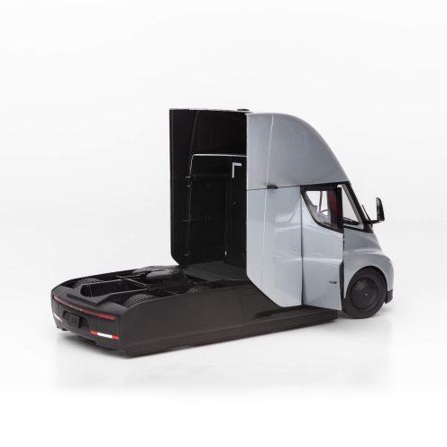 Tesla Semi diecast 5